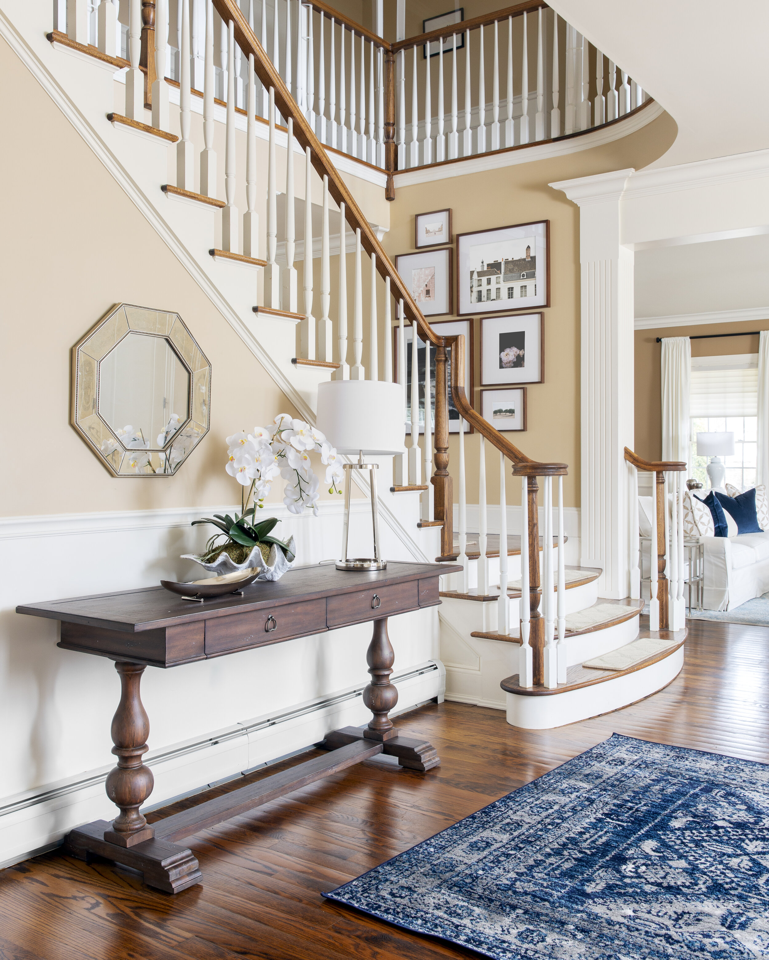 entry-transitional-navy-tc-interiors-1.jpeg