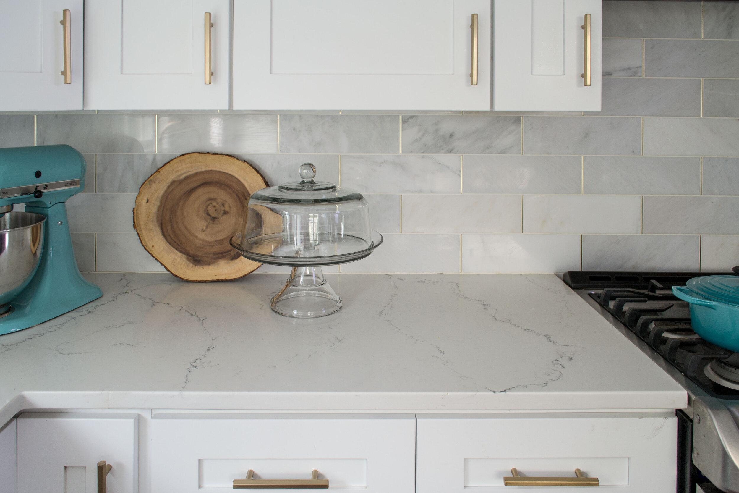 kitchen-modern-white-gray-tc-interiors-5.jpg