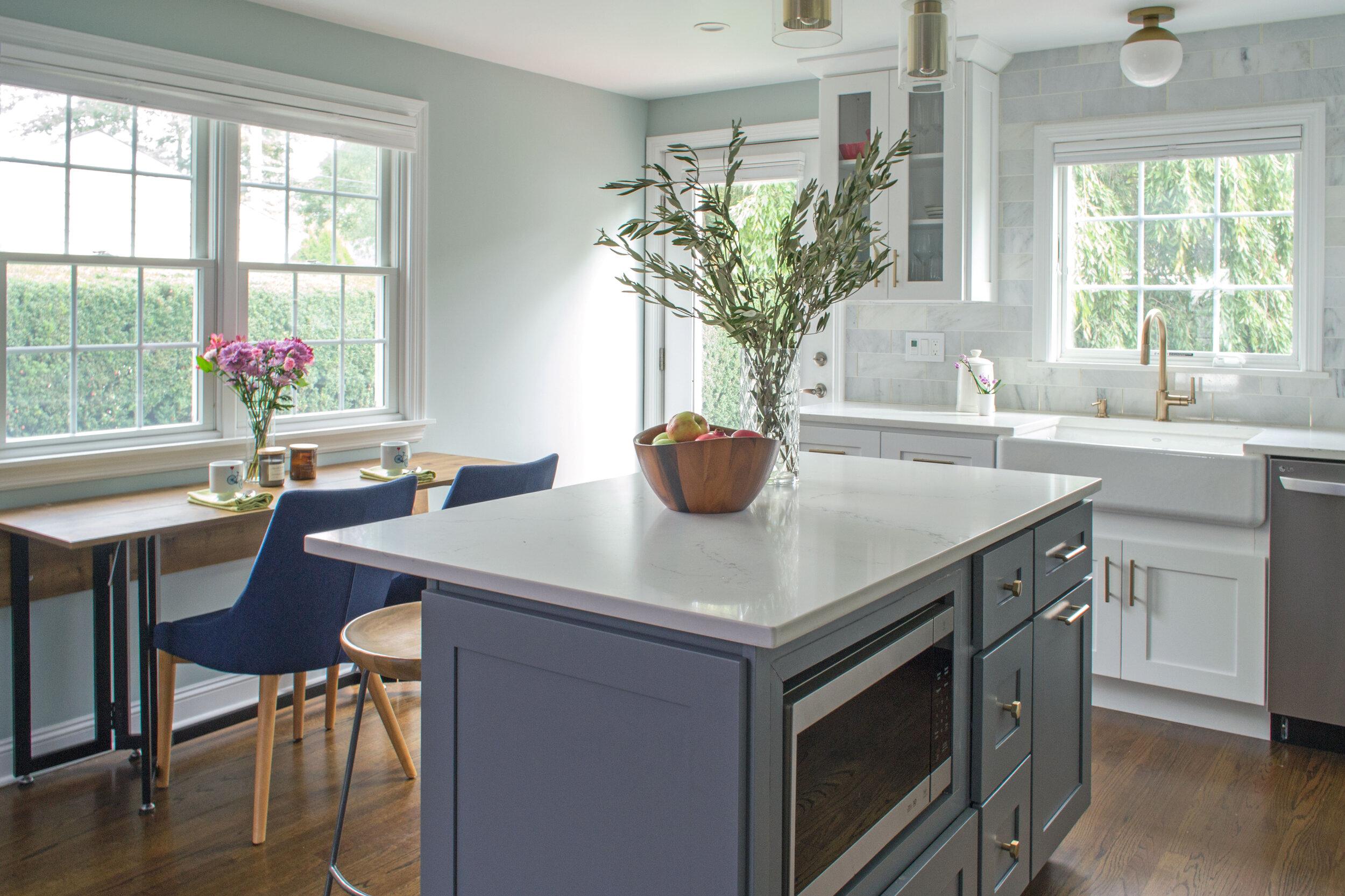 kitchen-modern-white-gray-tc-interiors-2.jpg
