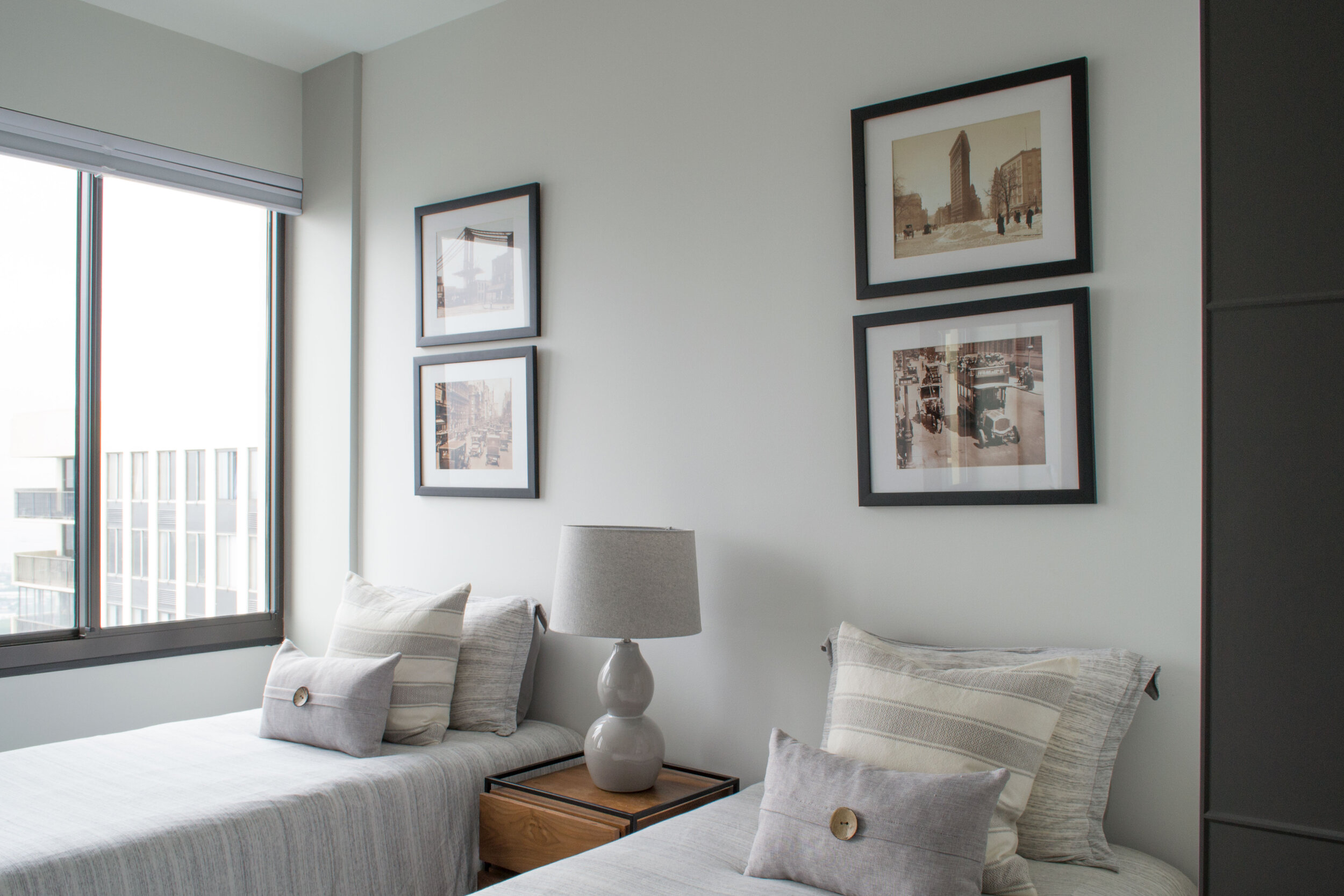 guest-room-modern-tc-interiors-1.jpg
