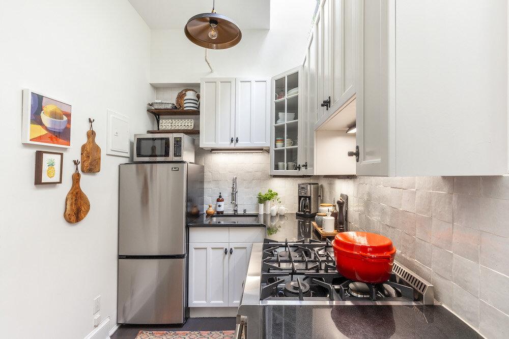 kitchen-modern-farmhouse-tc-interiors-2.jpg