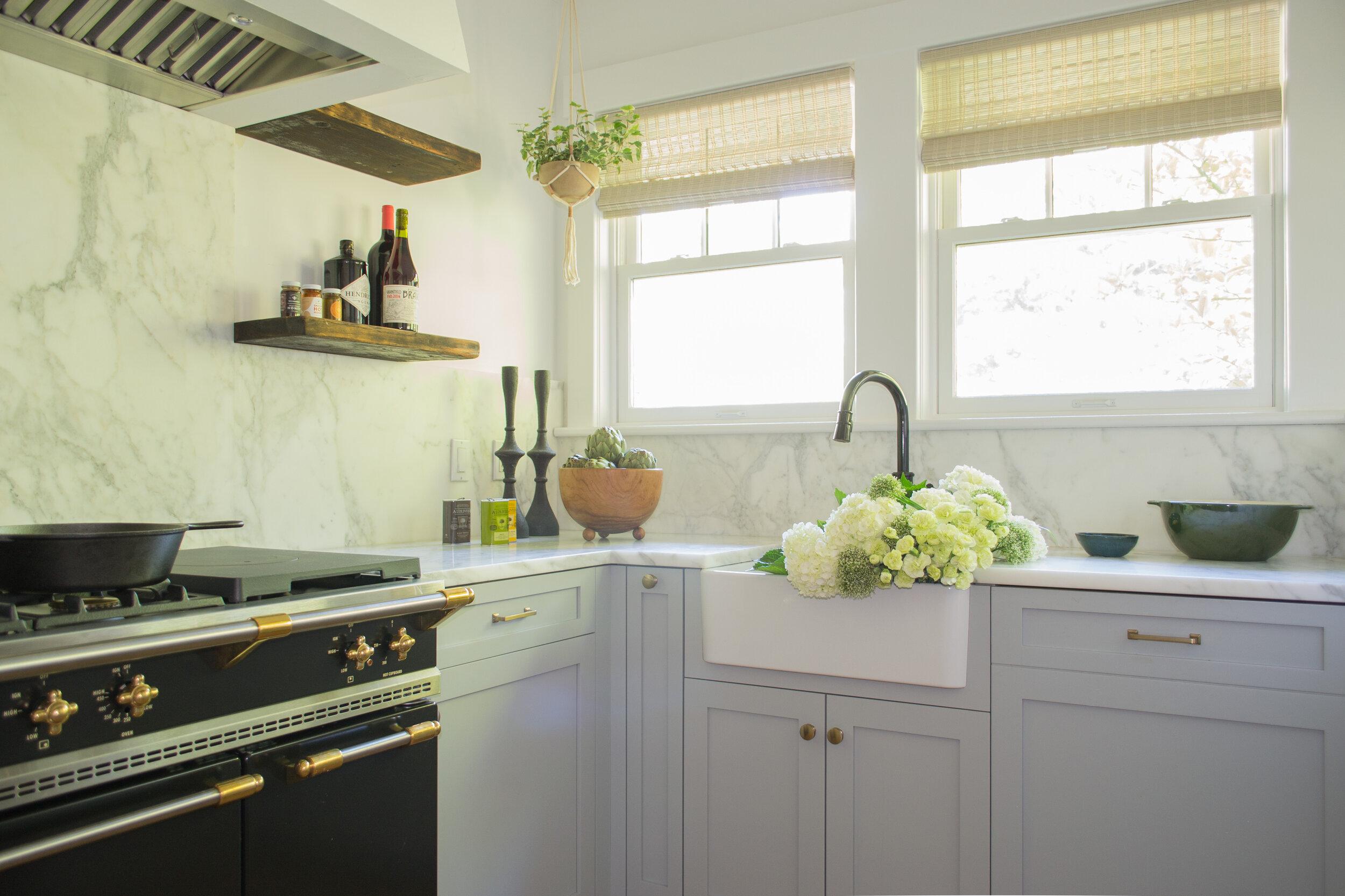 kitchen-gray-modern-tc-interiors-7.jpg
