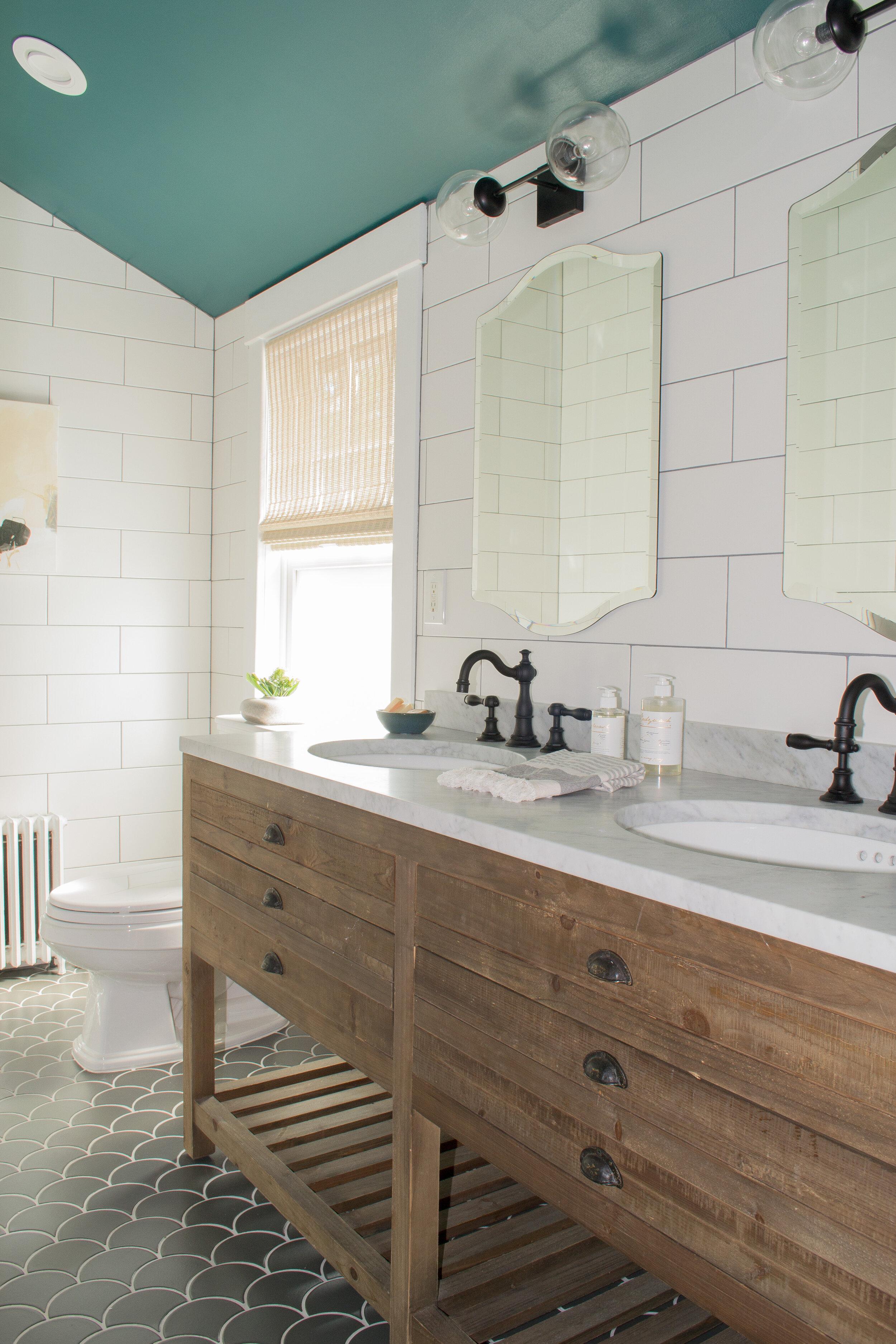 bathroom-green-modern-farmhouse-tc-interiors-2.jpg