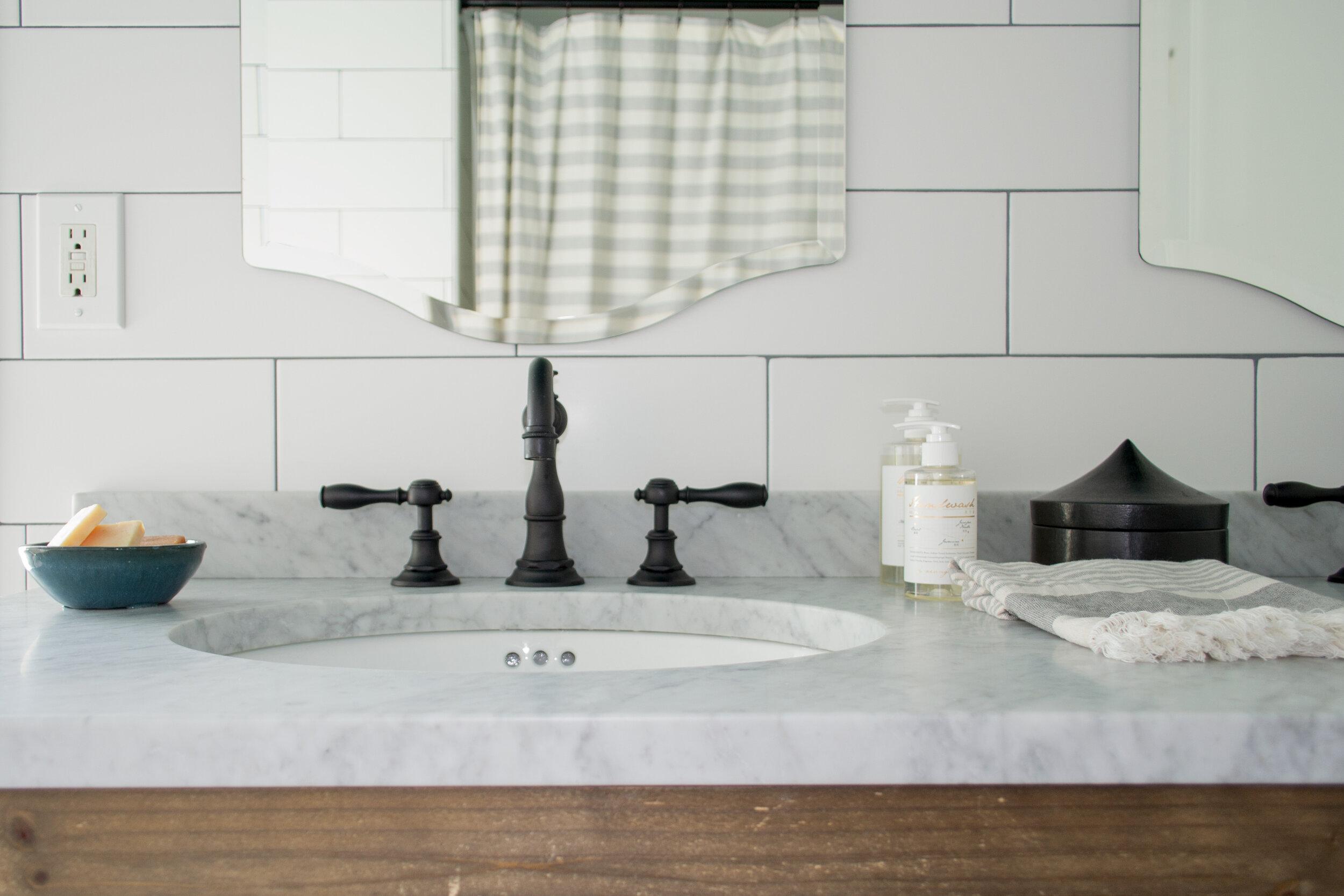 bathroom-green-modern-farmhouse-tc-interiors-1.jpg