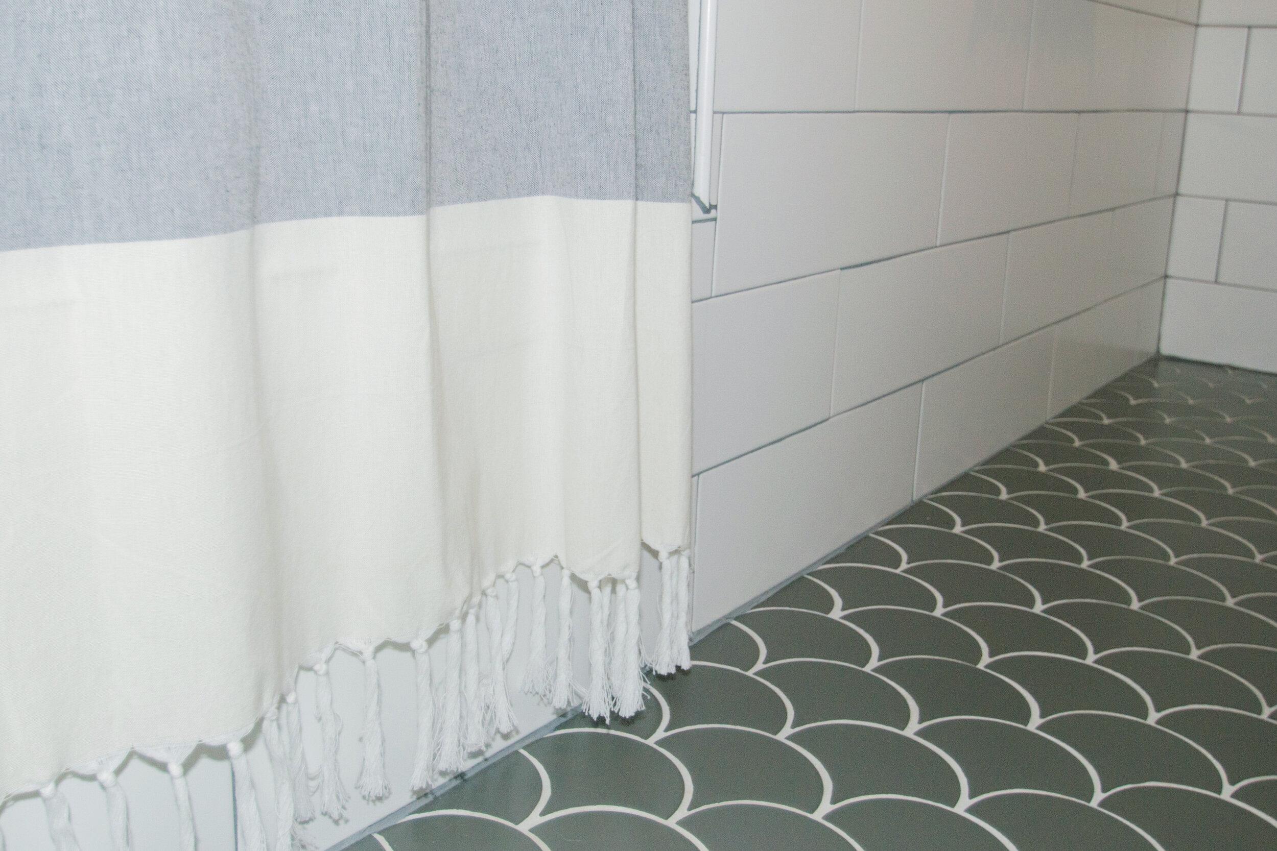 bathroom-green-modern-farmhouse-tc-interiors-4.jpg