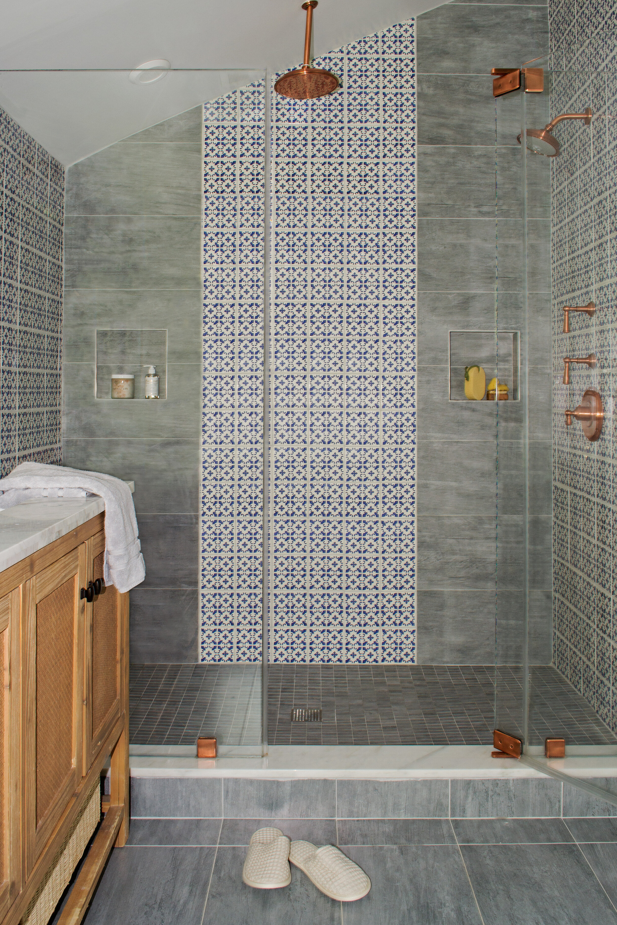 master-bathroom-eclectic-navy-tc-interiors-3.jpg