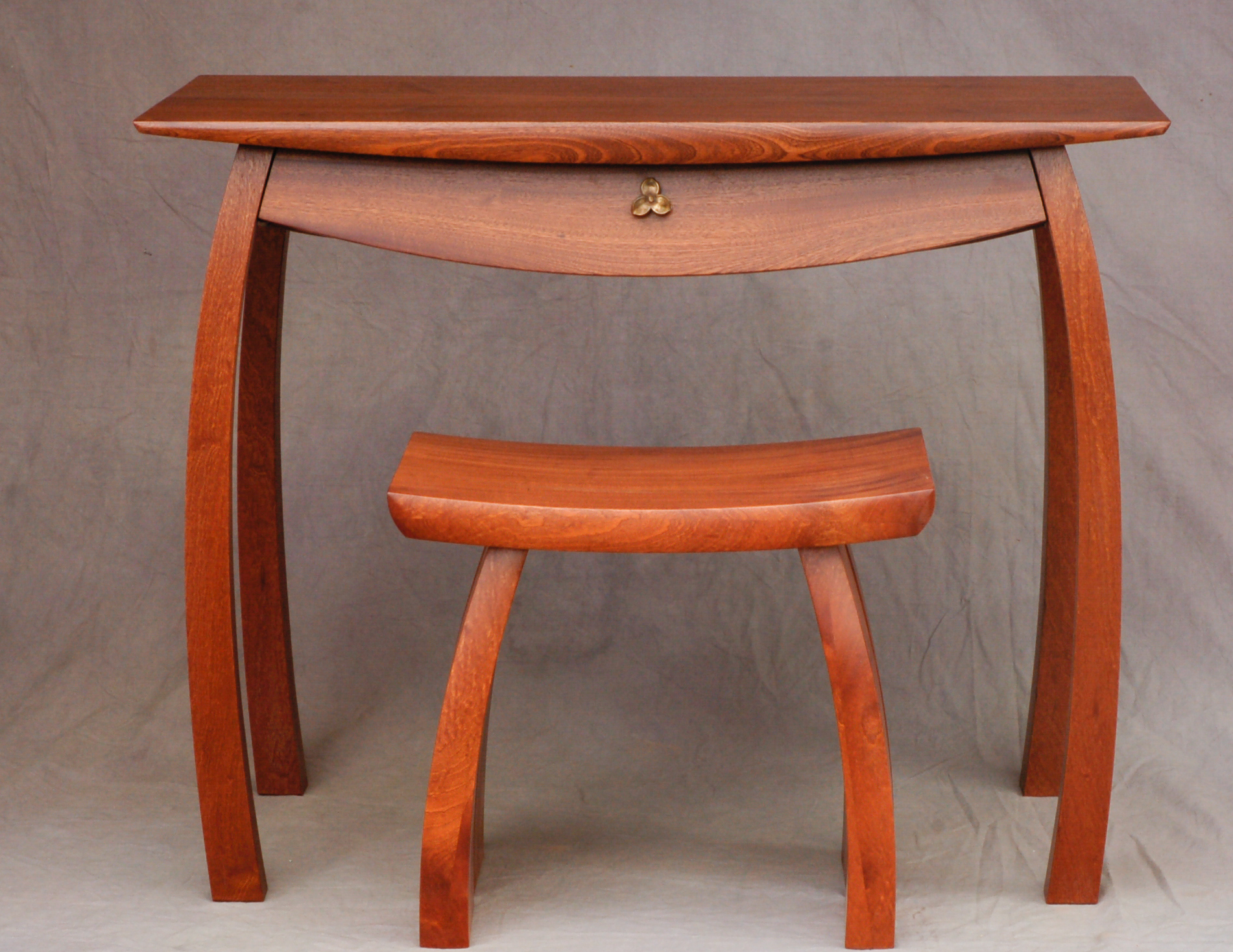Sprightly Desk with Nimble Bench