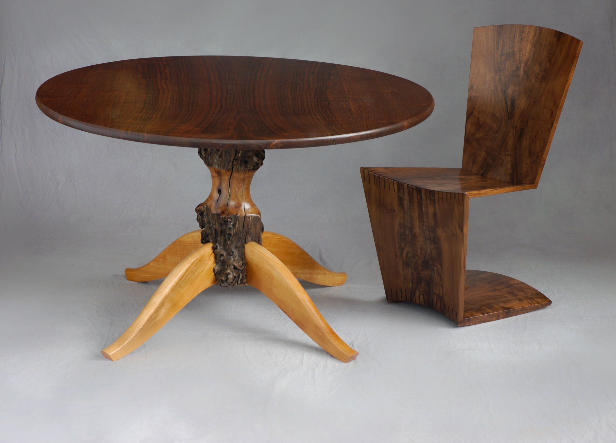 Hip Hobbit Table