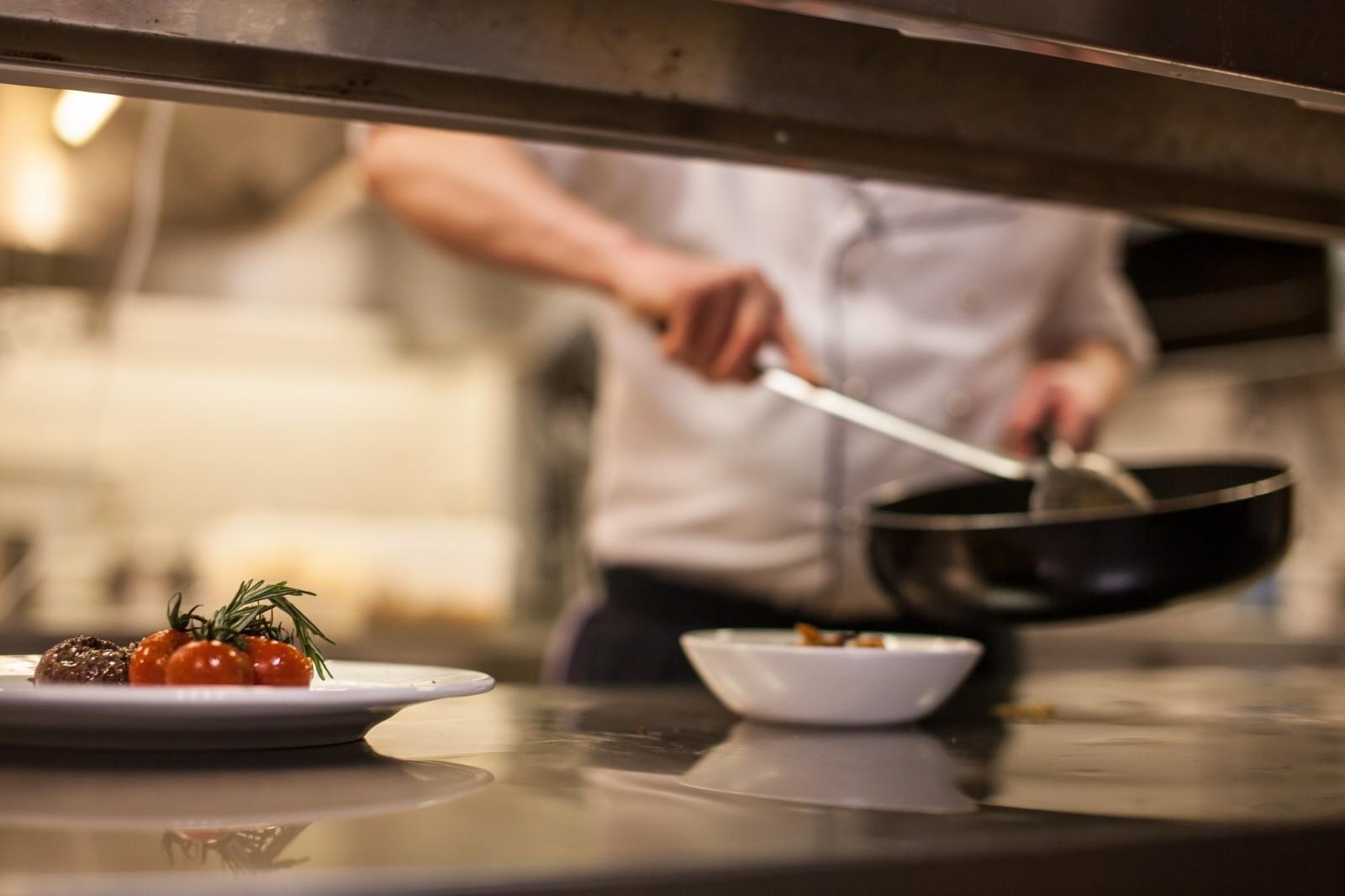 kitchen-eat-food-cook-cooking-pan-preparation.jpg