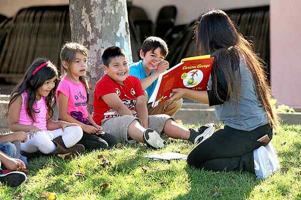 Watsonville students enjoy a morning of reading during Read Across America event