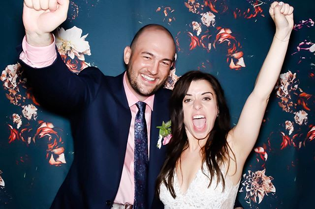 FRIDAY MOOD. * * * * #Photobooth #ChicagoWeddings #ChicagoEvents #CorporateParties #Events #Christmas #SnapboothChicago #Photobooth #ChicagoWeddings #LuxuryWeddings #OpenAirPhotobooth #ChicagoEvents #ChiEvents #Party #WeekendVibes #weddinginspo #weddinginspiration #InstaWed #Brides #WeddingStyle #BrideToBe #SheSaidYes #IDO #Weddingstyle #TheKnot