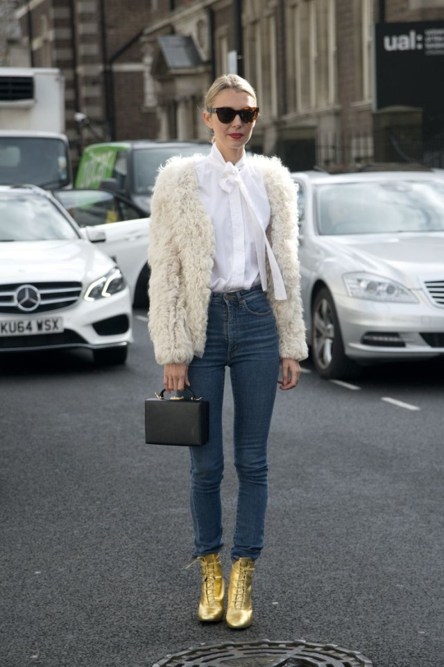 gold-lace-up-booties-furry-jacket-skinny-jeans-box-bag-tie-neck-blouse-fall-winter-work-outfit-brunch-outfit-styelcaster-640x960.jpg