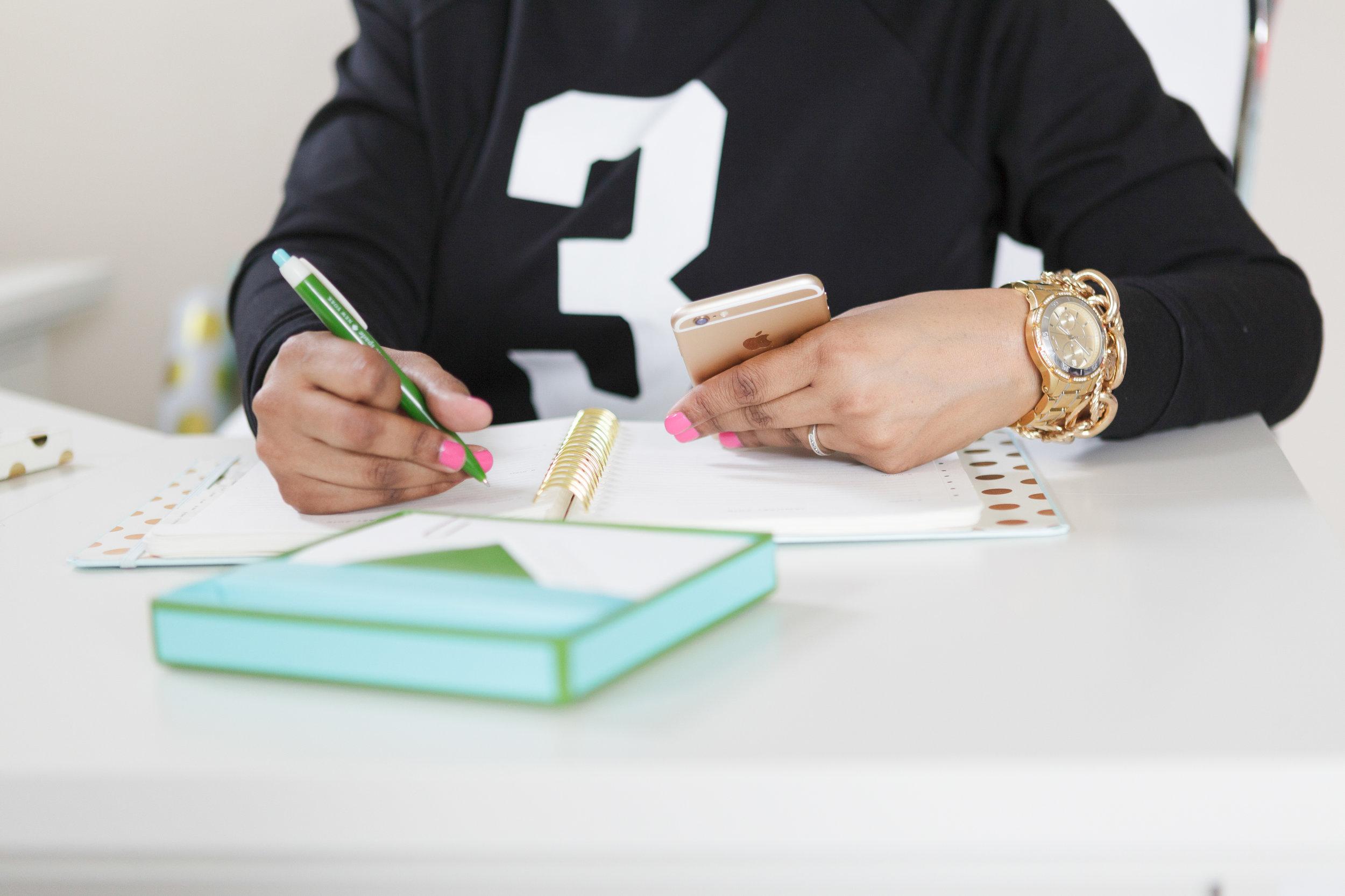 5 Mindset That Will Transform Your Finances - www.3stepsright.com