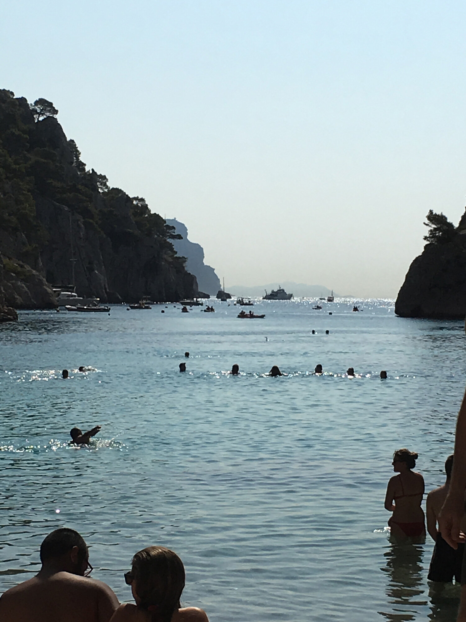 private-beach-kayak-cassis.jpg