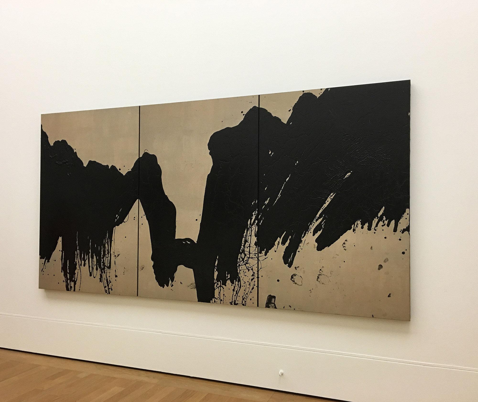 Fabienne Verdier,  La Brèche des Moines vue depuis Saint-Antonin , 2018, 178 x 355 cm.