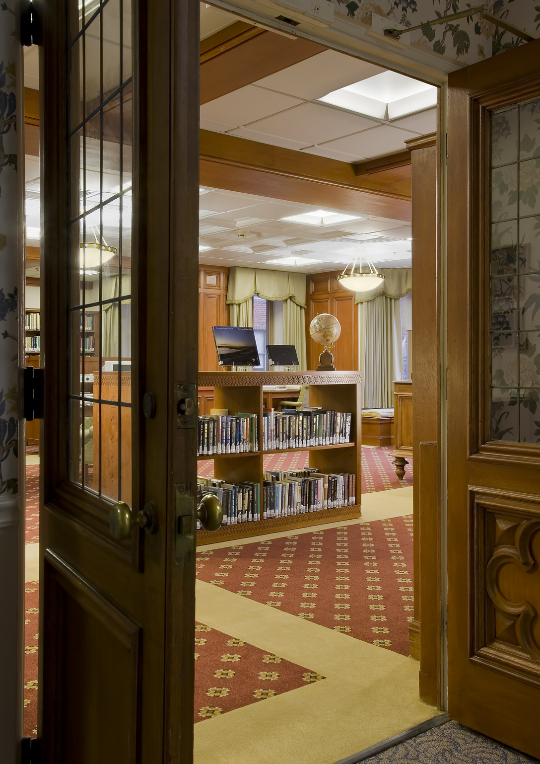 Pres Homes_Library.jpg