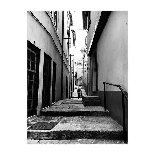 #Porto #Portugal #Alley #Houses #BlackAndWhite #Photography