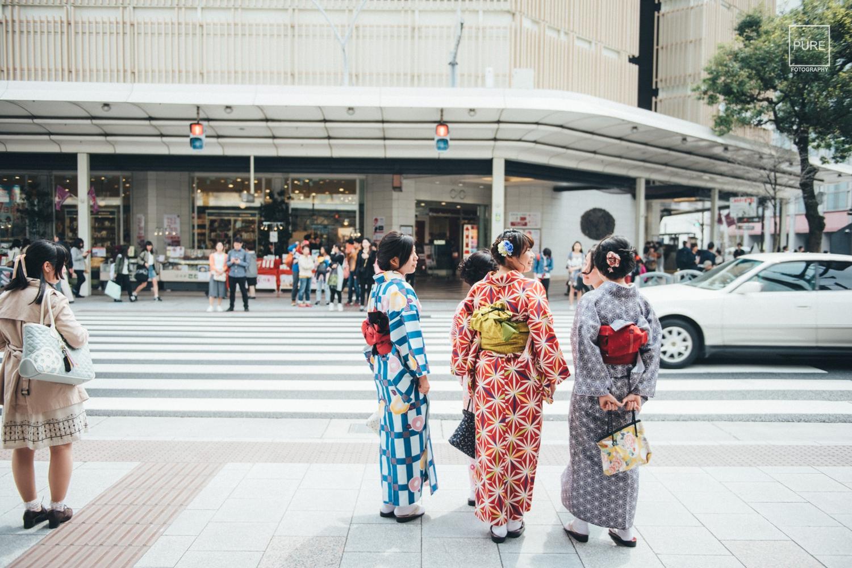 在京都沿途都可見穿著和服的女孩們,不論是撞色搭配,亦或是優雅的和風系列,是眾旅客們的愛!