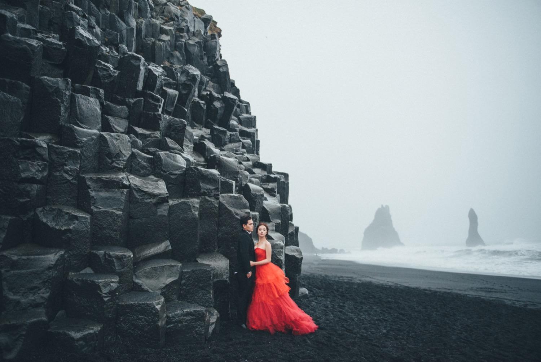 Vik 黑沙灘玄武岩婚紗拍攝