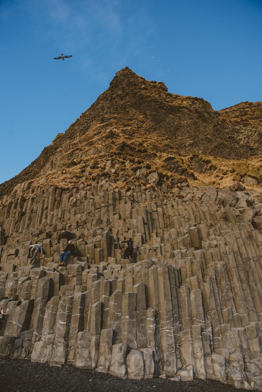 冰島玄武岩沙灘,黑沙灘,自助旅行