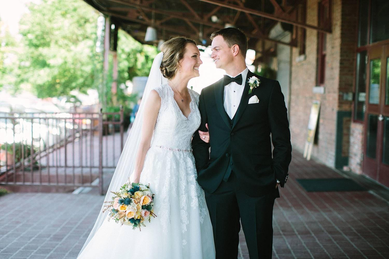 Sioux Falls Wedding Photography by Summer Street (35).jpg