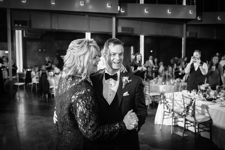 Sioux Falls Wedding Photography by Summer Street (119).jpg