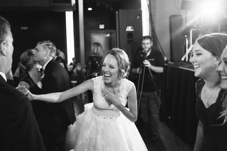 Sioux Falls Wedding Photography by Summer Street (127).jpg