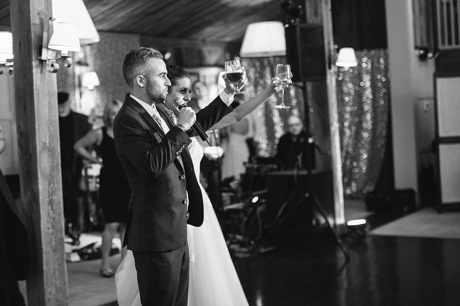 MinneapolisWeddingPhotographer_0304.jpg