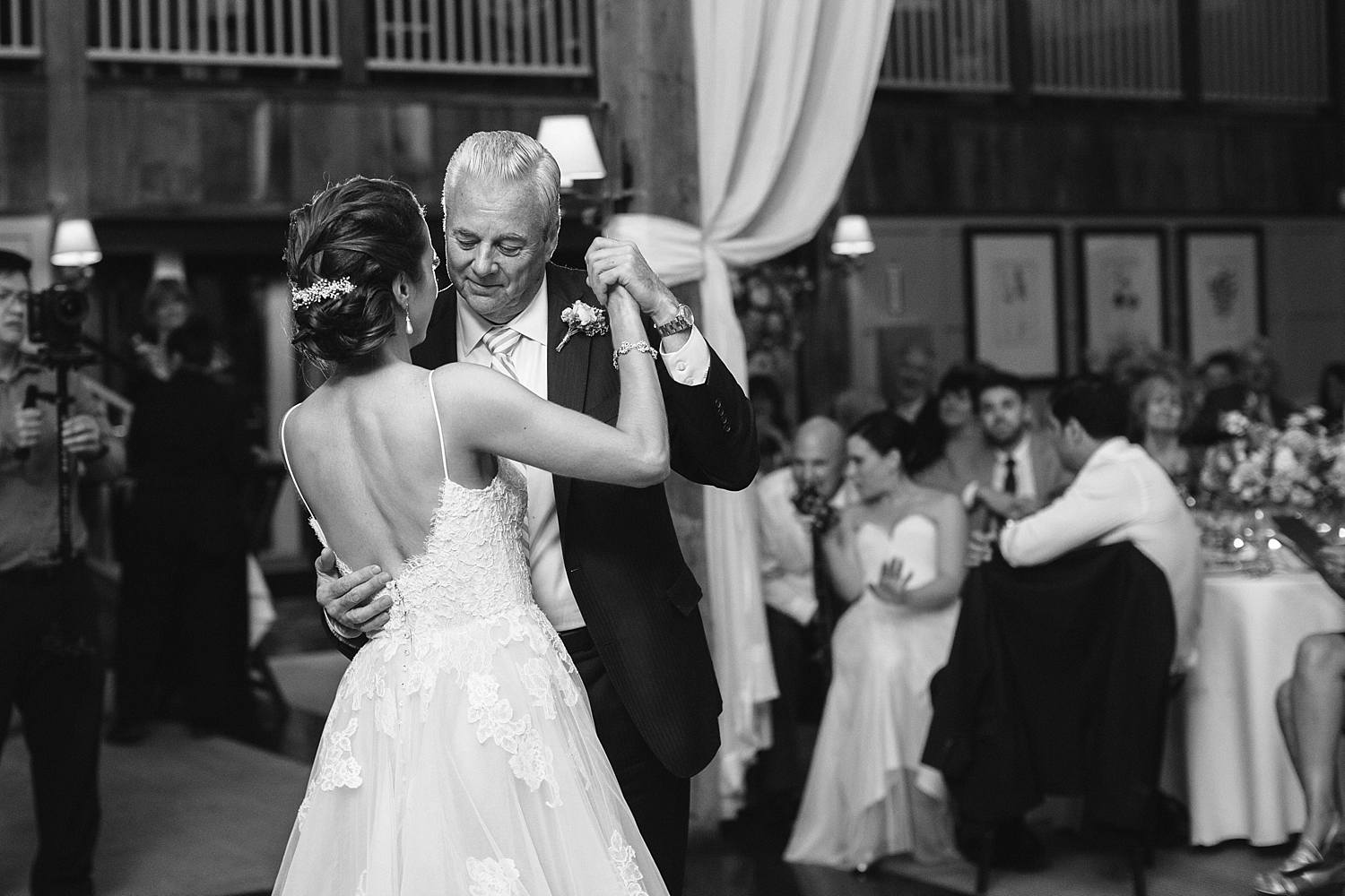 MinneapolisWeddingPhotographer_0306.jpg