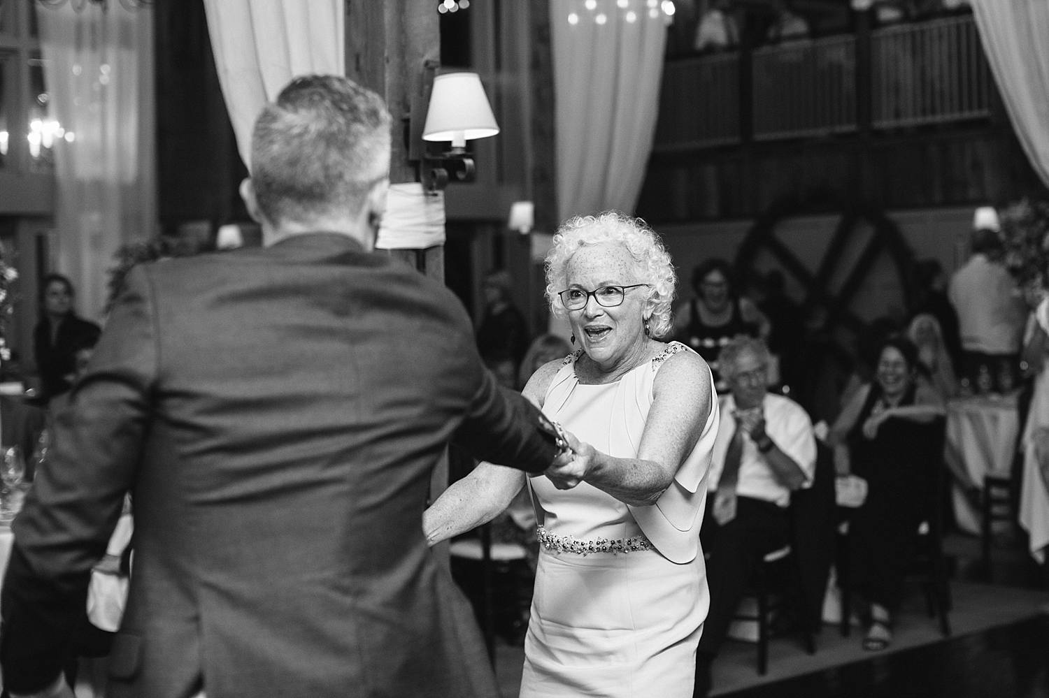 MinneapolisWeddingPhotographer_0309.jpg