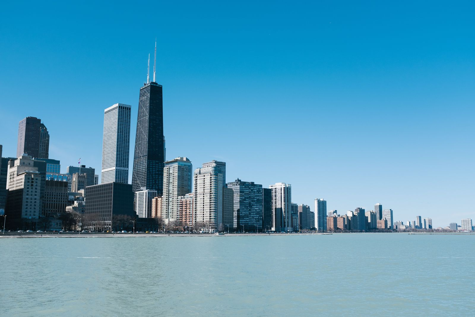 Downtown-Chicago-Engagement-Photos_1294.jpg