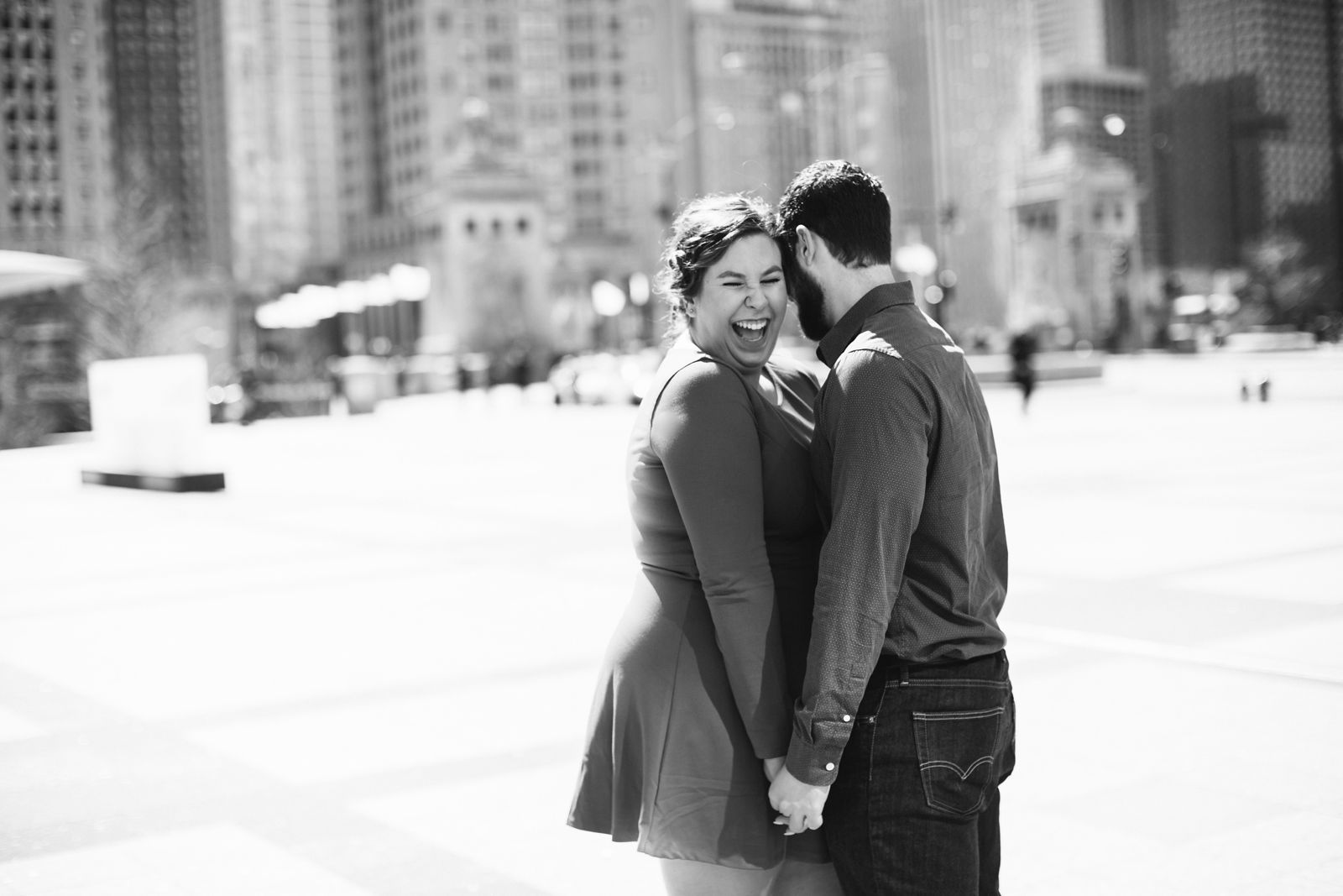 Downtown-Chicago-Engagement-Photos_1300.jpg