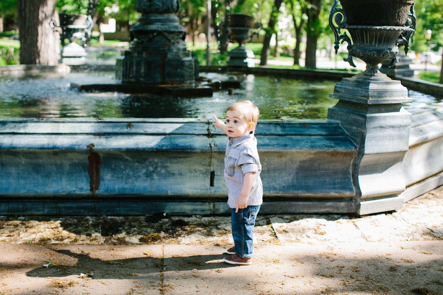 Saint_Paul_Family_Photos-Historic_Parks_1369.jpg