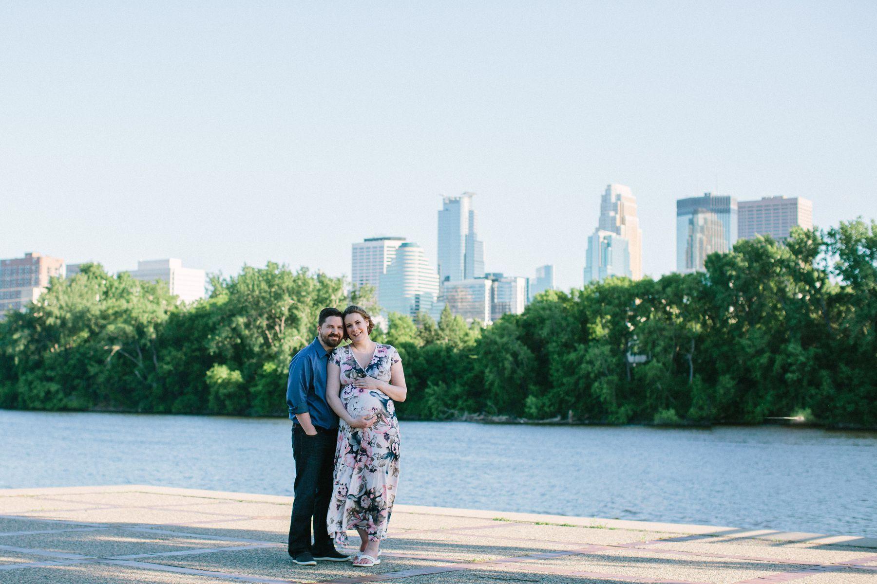 Minneapolis_Maternity_Photos_Boom_Island_1444.jpg