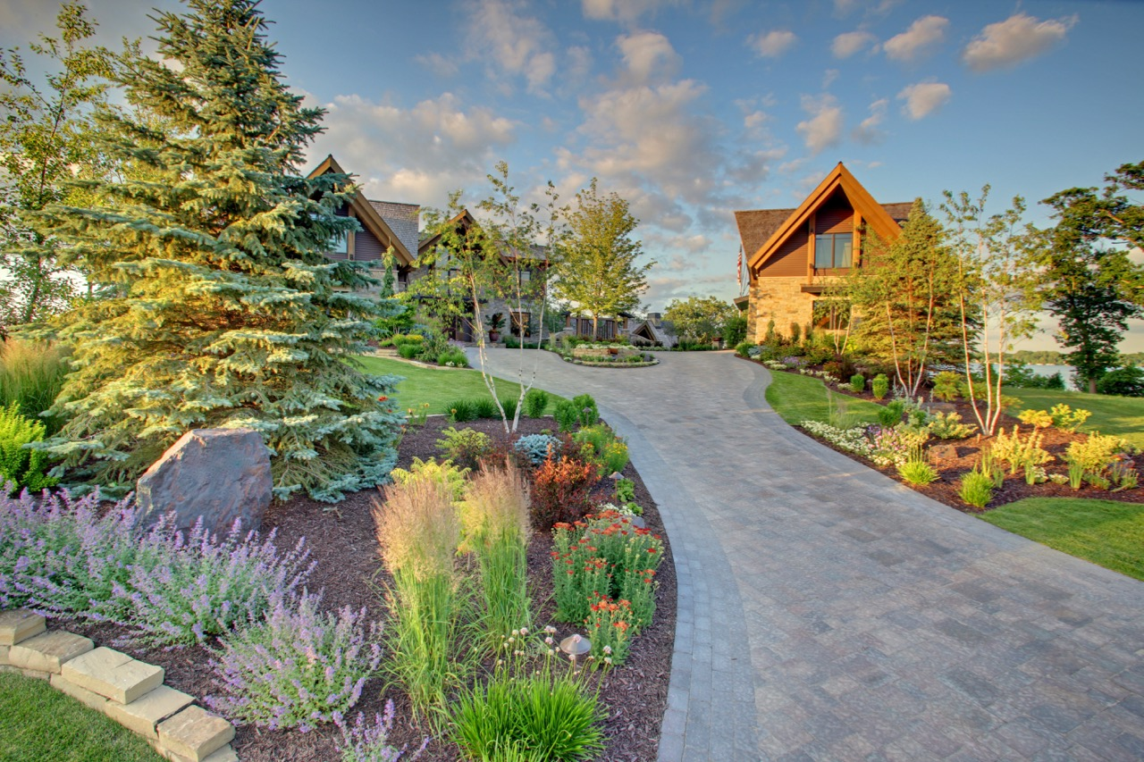Mom's Design Build - Driveway Garden Design Build