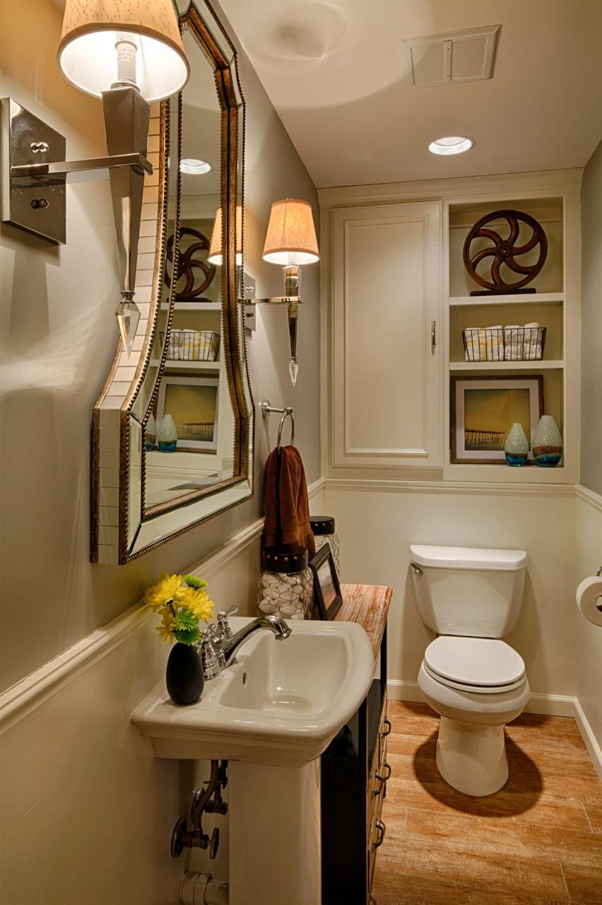Mom's Design Build - Interior Bathroom Remodel