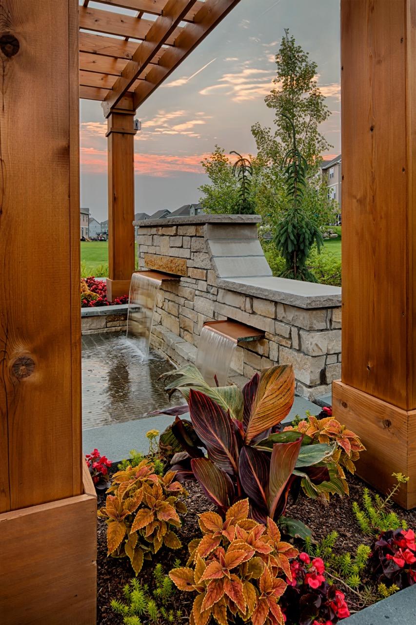 Moms Design Build - Pergola Over water Feature