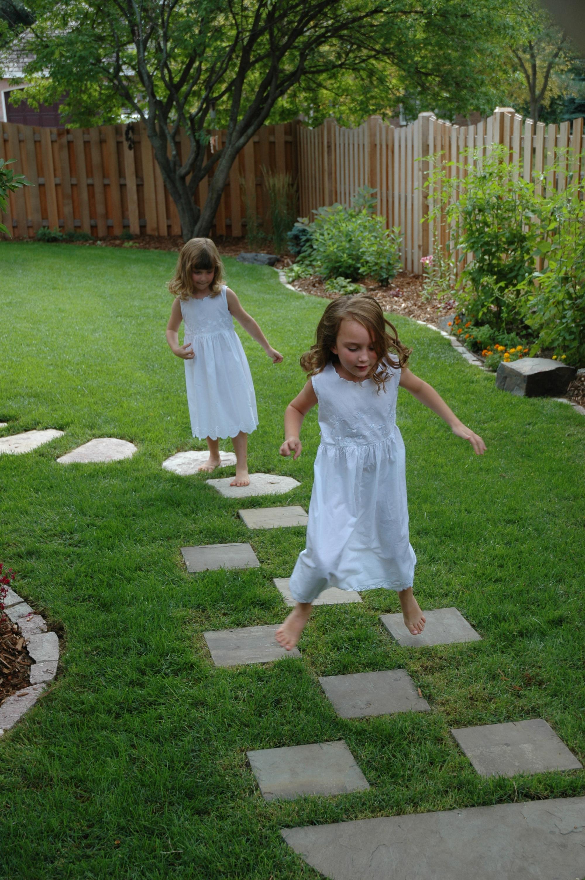 Seelely girls 061.jpg