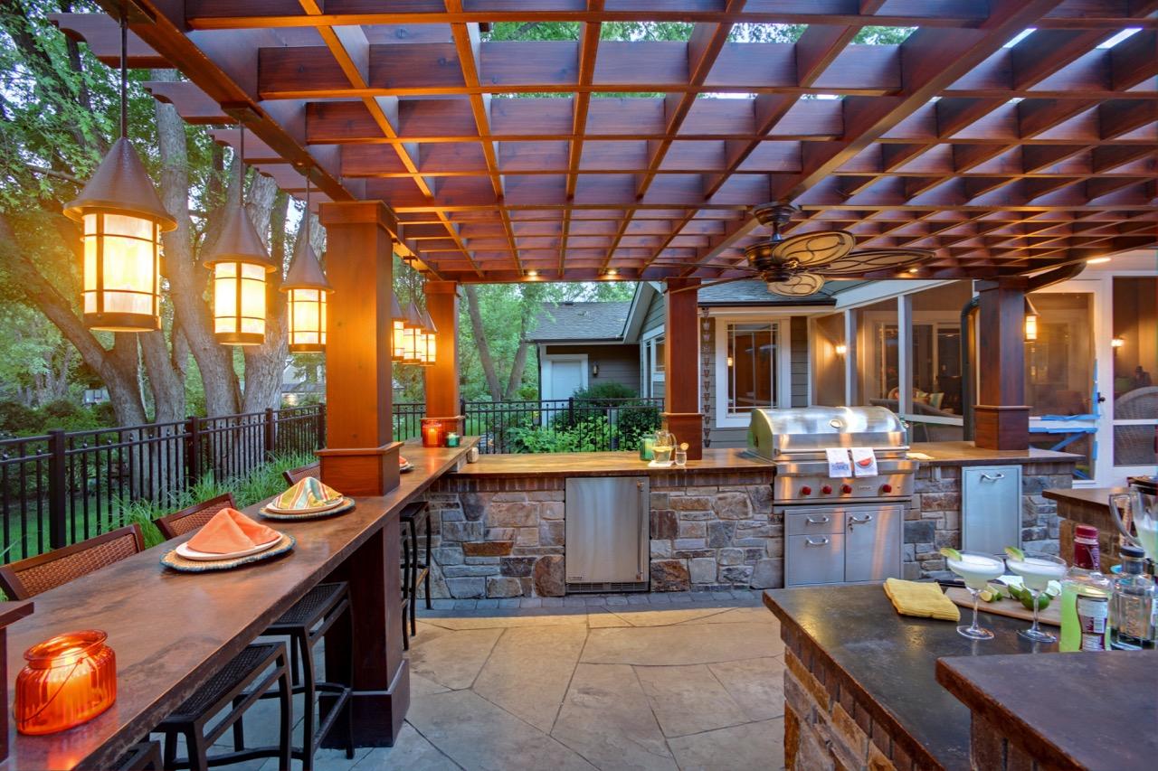 Mom's Design Build - Outdoor Kitchen Bar and Pergola