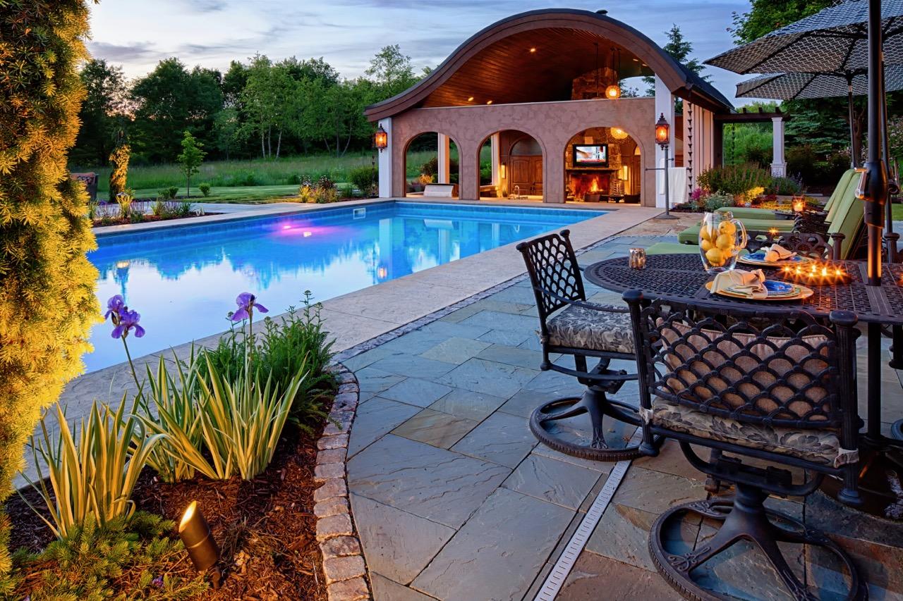 Mom's Design Build - Outdoor Kitchen Poolhouse Swim Up Bar