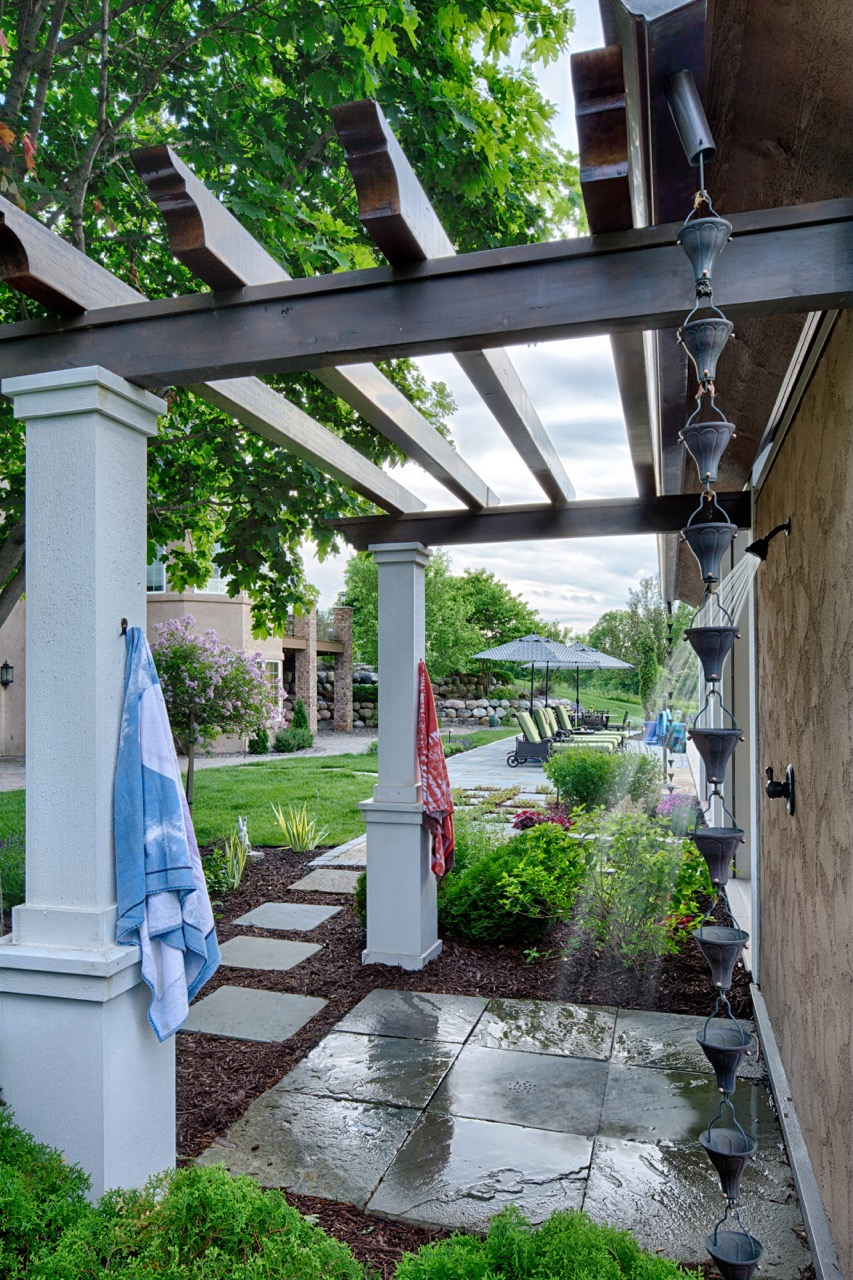 Mom's Design Build - Outdoor Shower Poolside Poolhouse