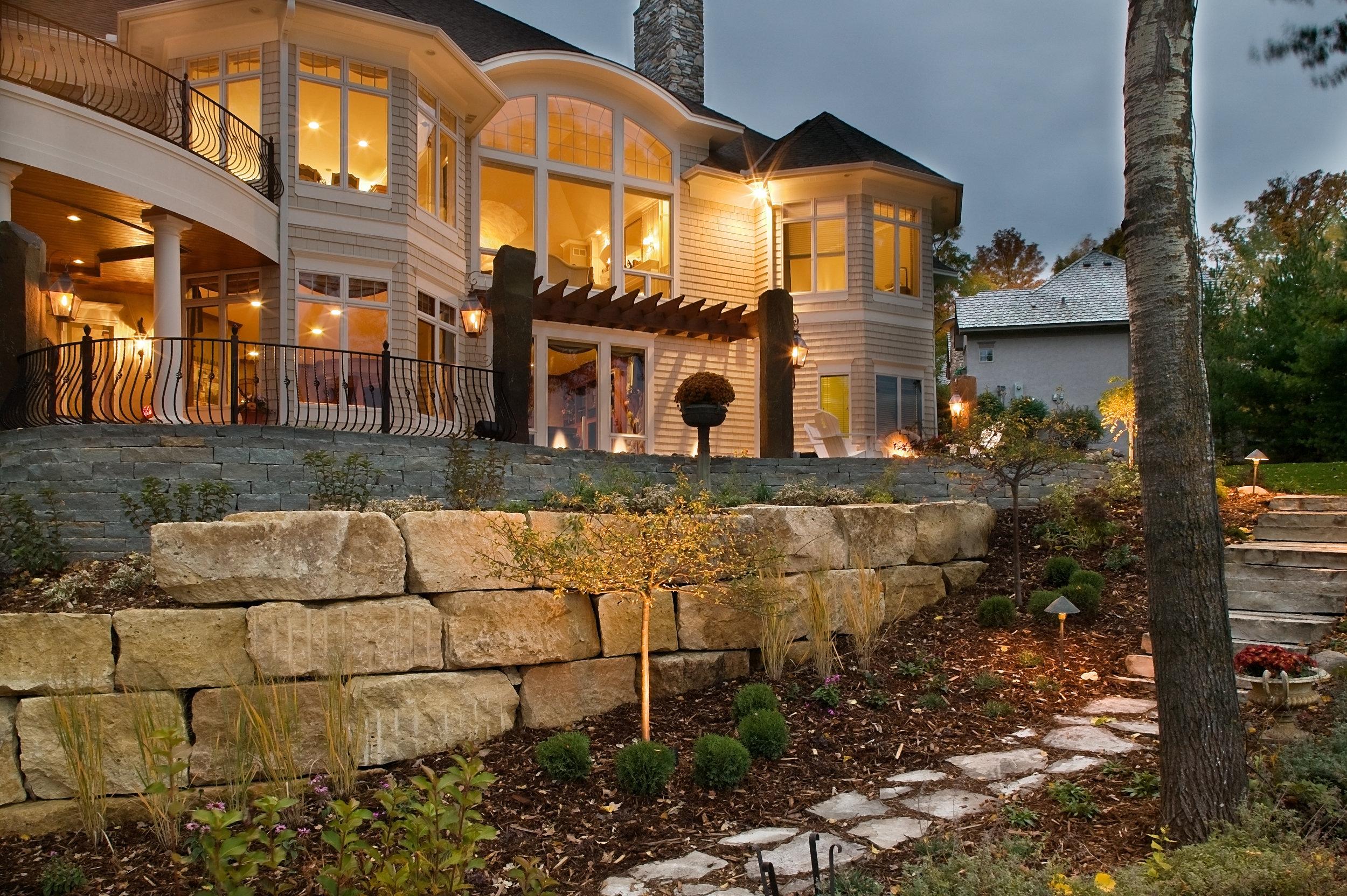 Moms Design Build - Lake Minnetonka Backyard Landscaping