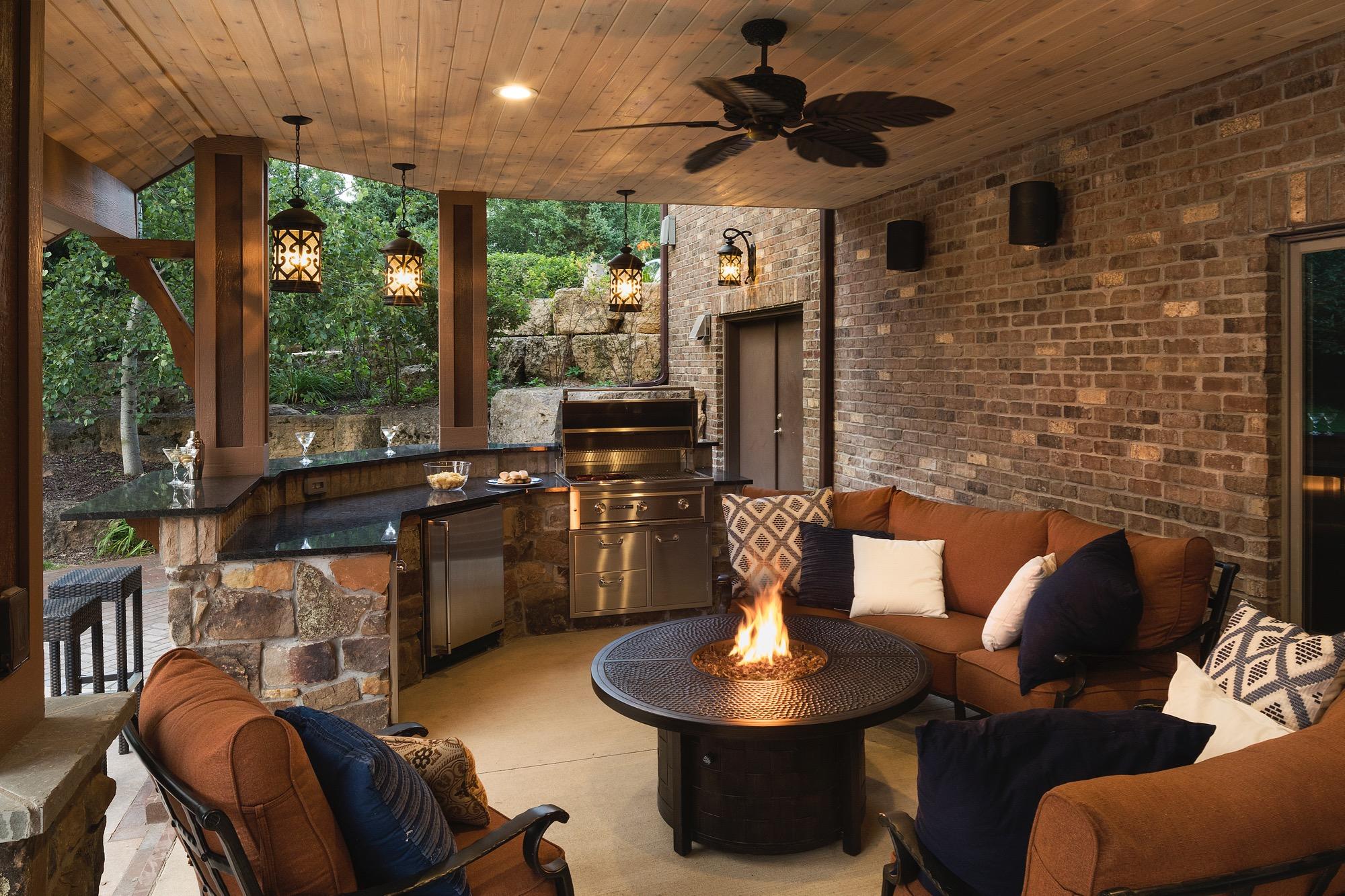 Moms Design Build - Natural Gas Fireplace Fire Bowl