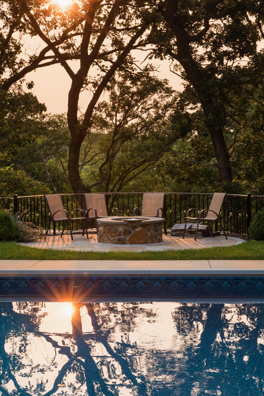 Moms Design Build - Sunset Reflection On Pool