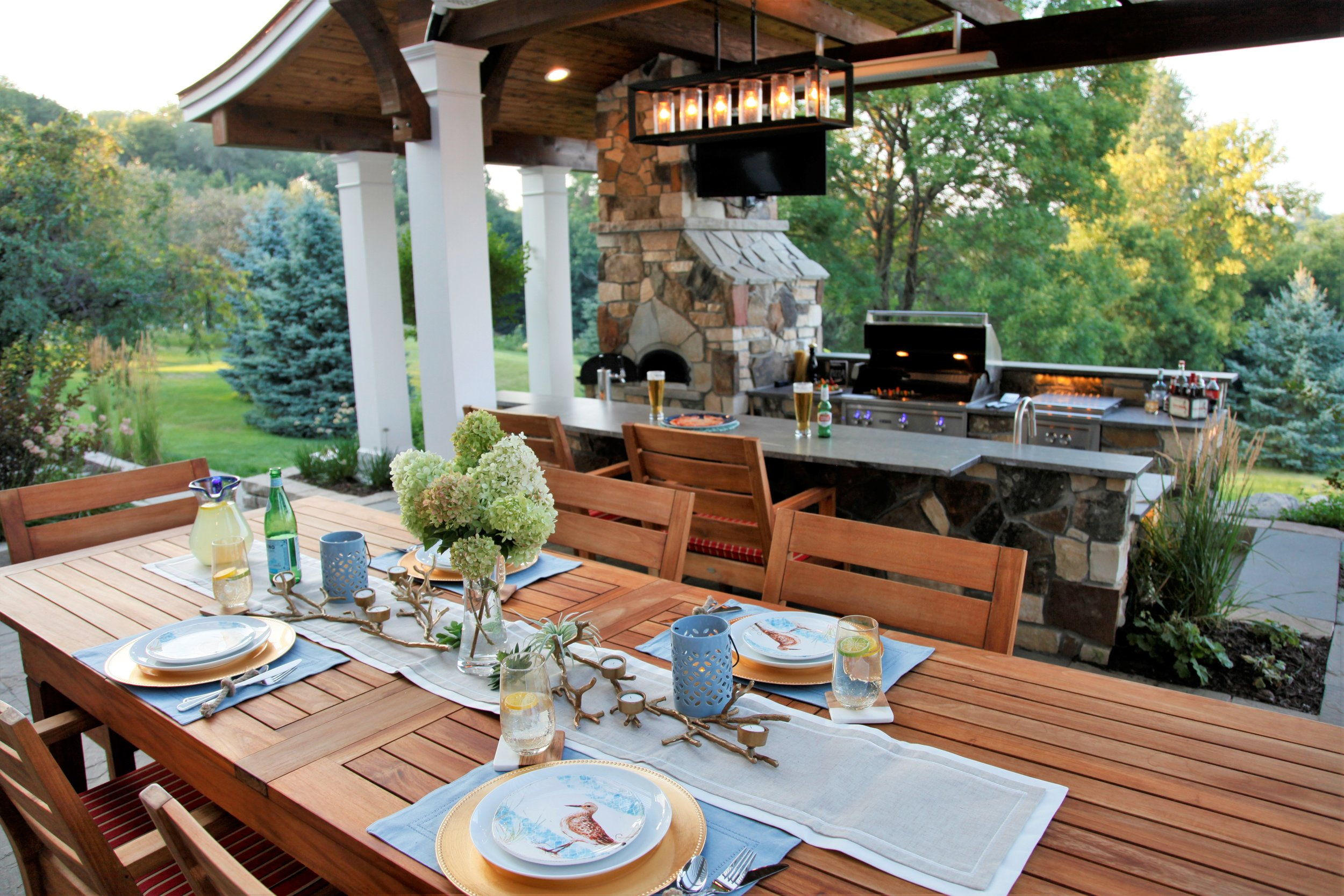 Mom's Design Build - Outdoor Kitchen Dining Room Table