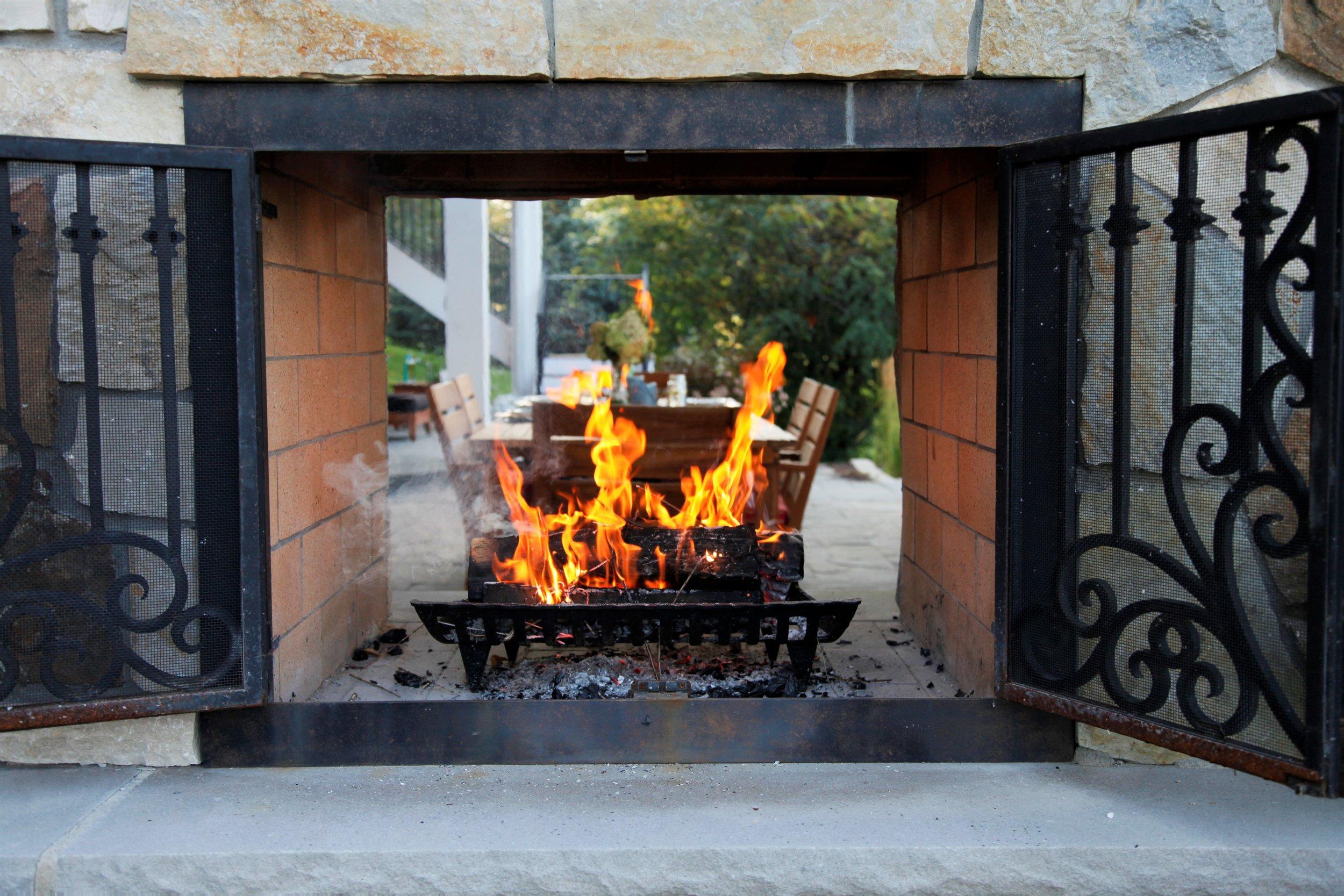 Mom's Design Build - Outdoor Fireplace