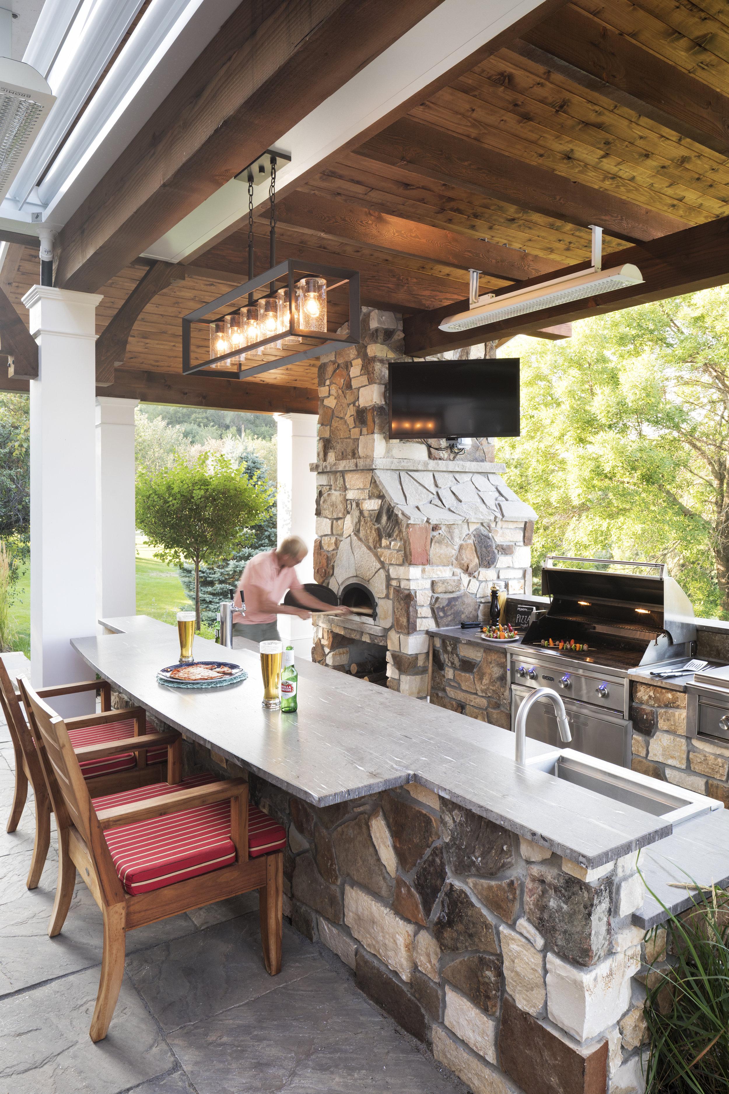 Mom's Design Build - Backyard Outdoor Kitchen Grill