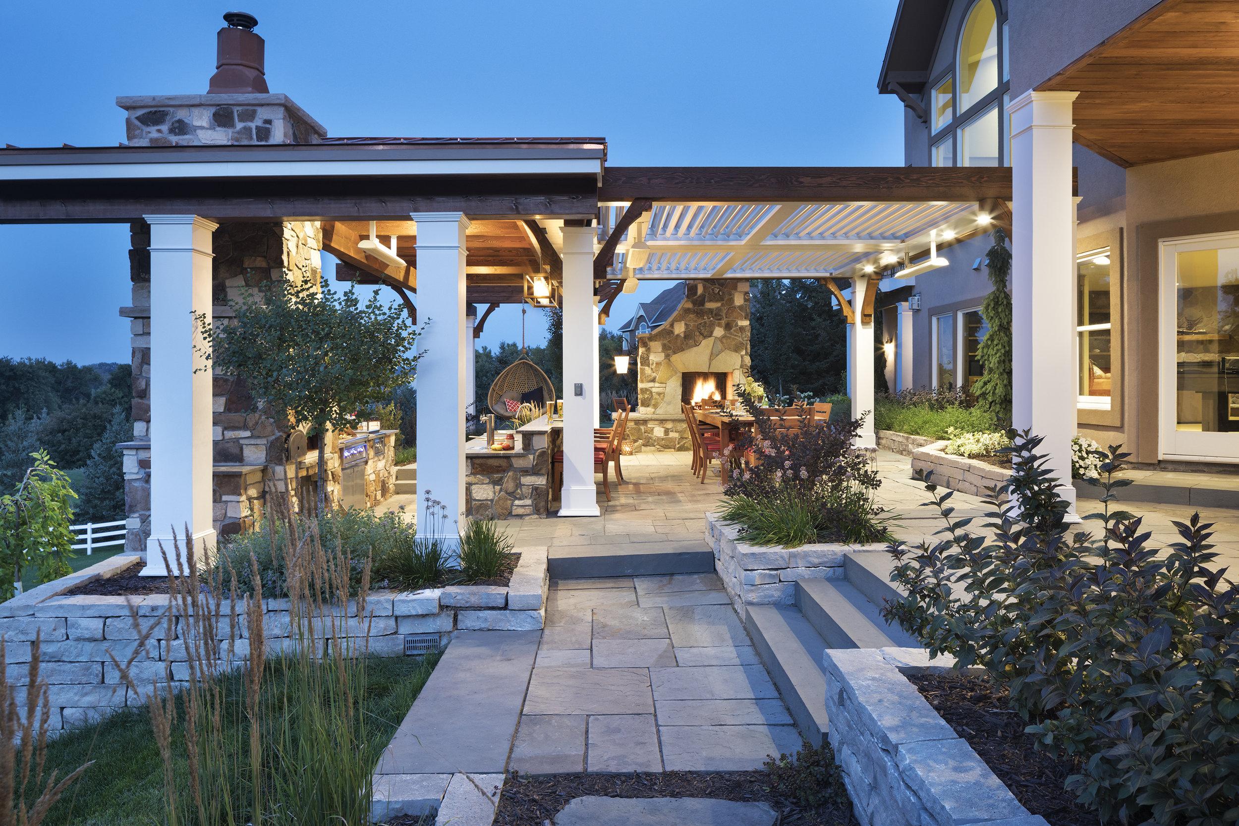 Mom's Design Build - Backyard Outdoor Ideas