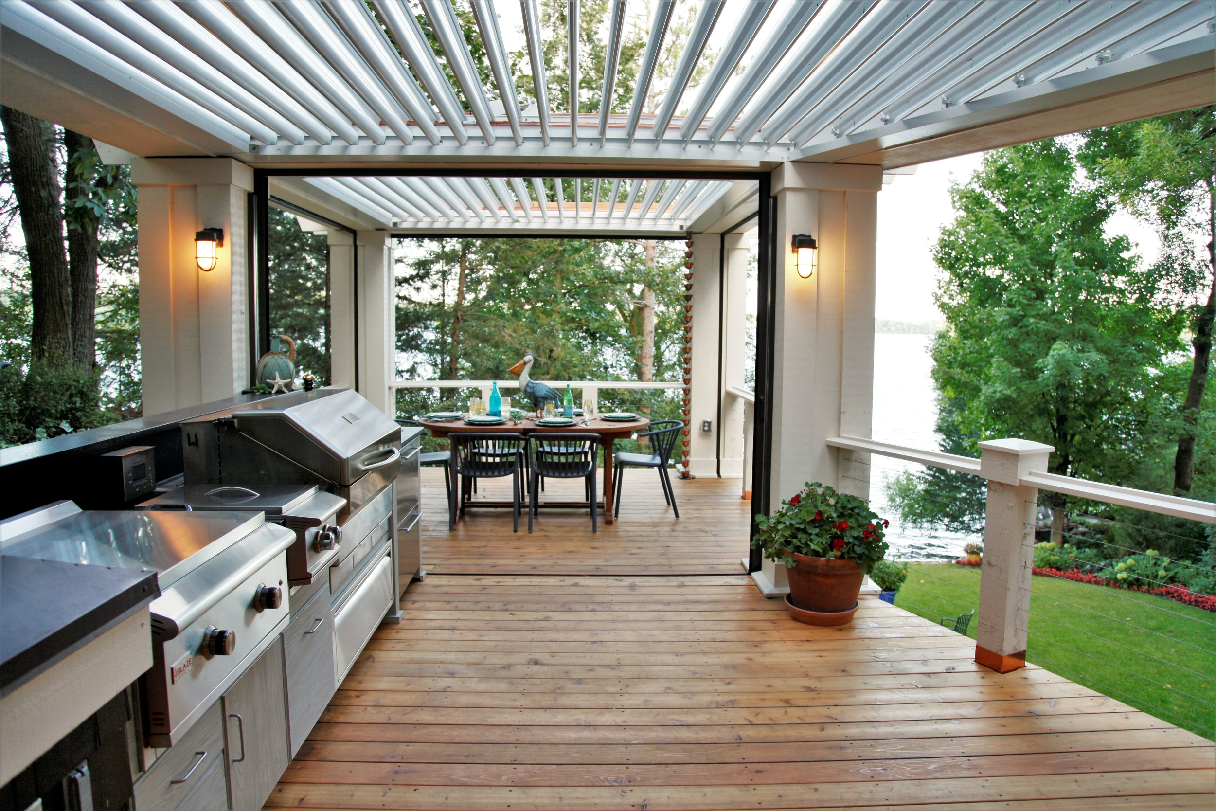 Mom's Design Build - Outdoor Kitchen Grill