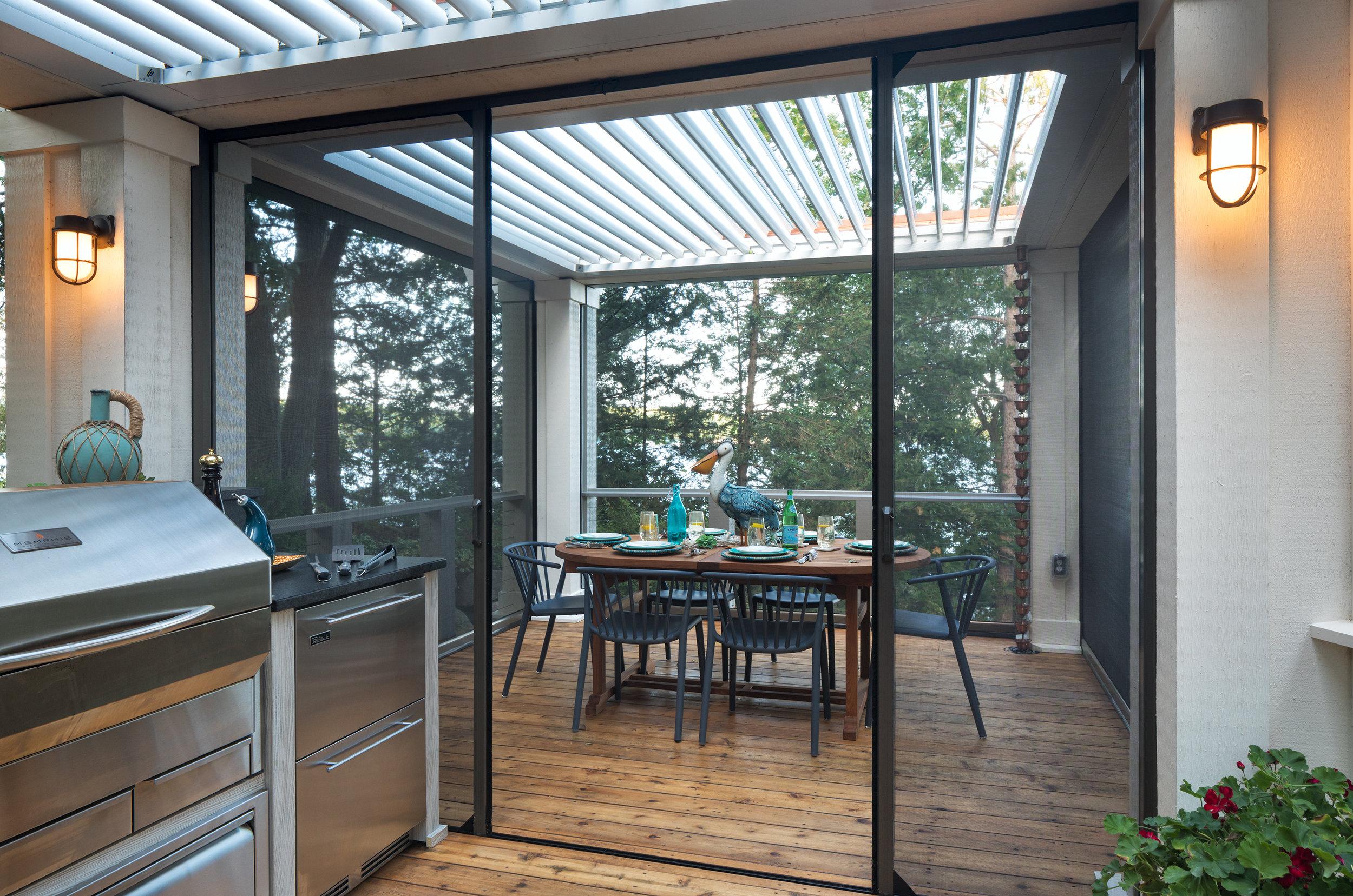 Mom's Design Build - Outdoor Dining Table Screen Door